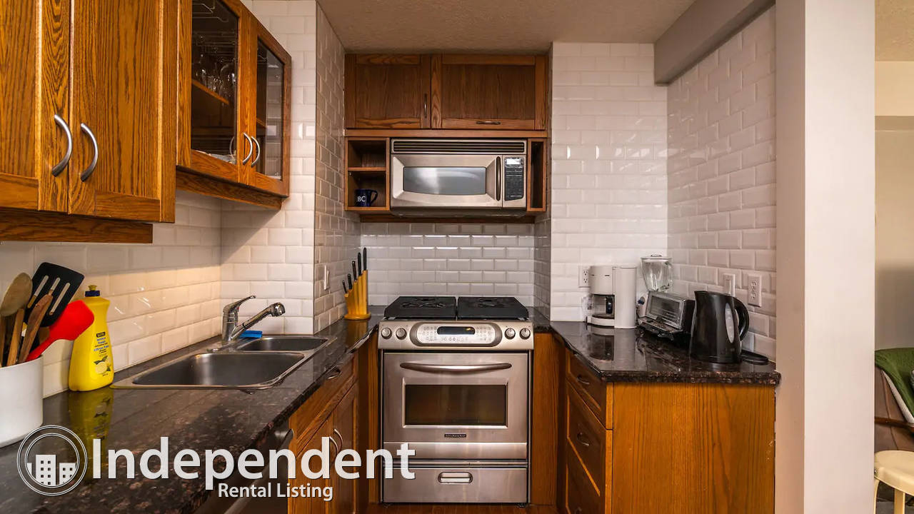 Furnished 2 Bedroom Condo for Rent in Killarney