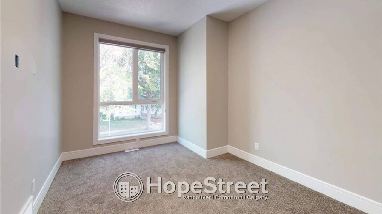 3 Bedroom House for Rent in Holyrood