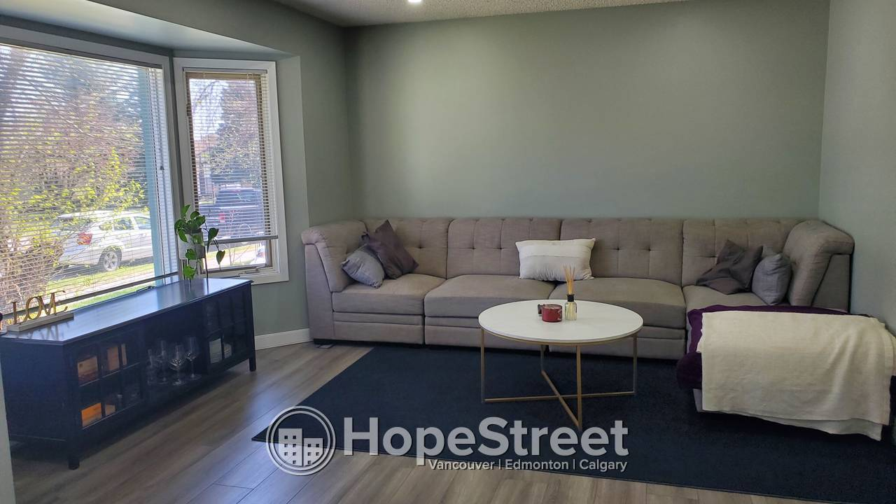 4 Bedroom House For Rent in Millrise