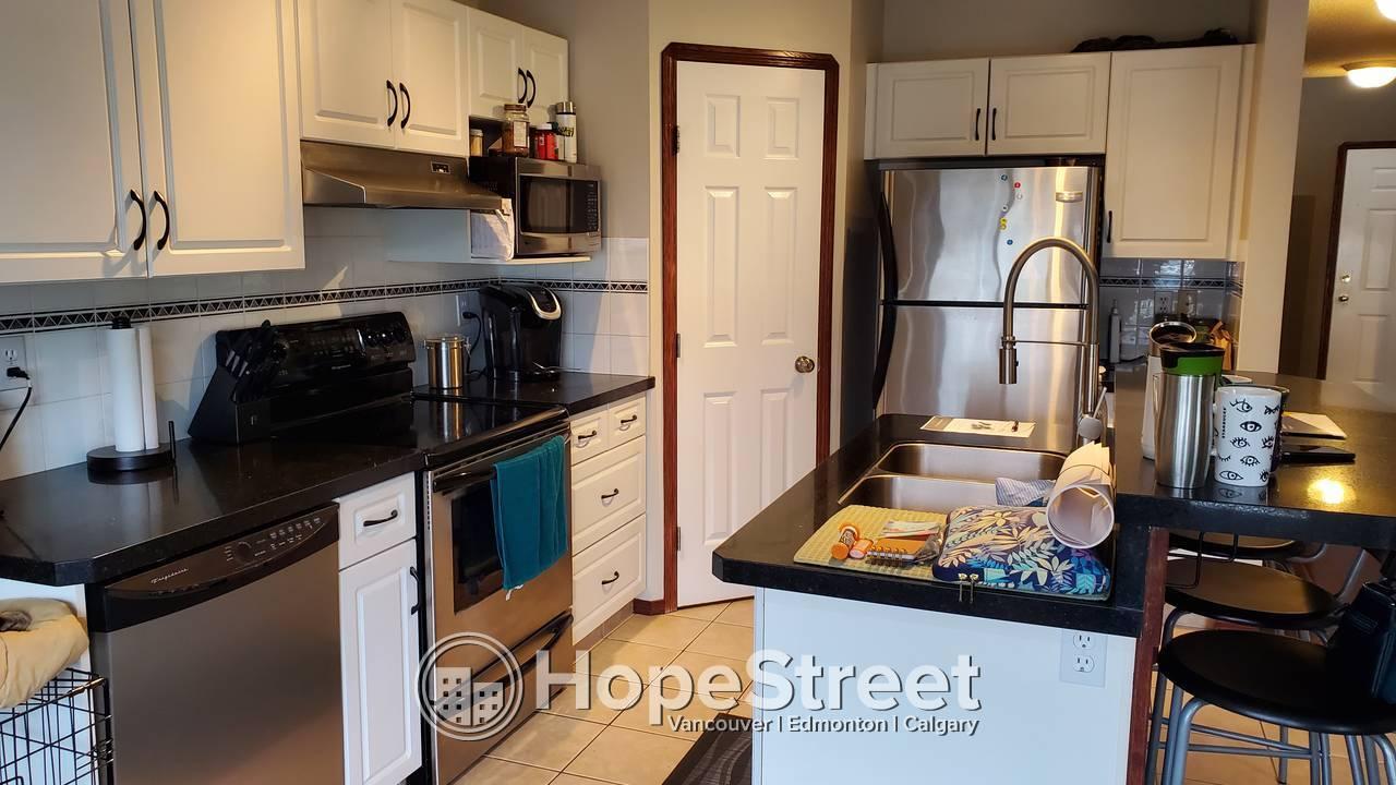 3 Bedroom House For Rent in Douglasglen/ Pet Friendly!