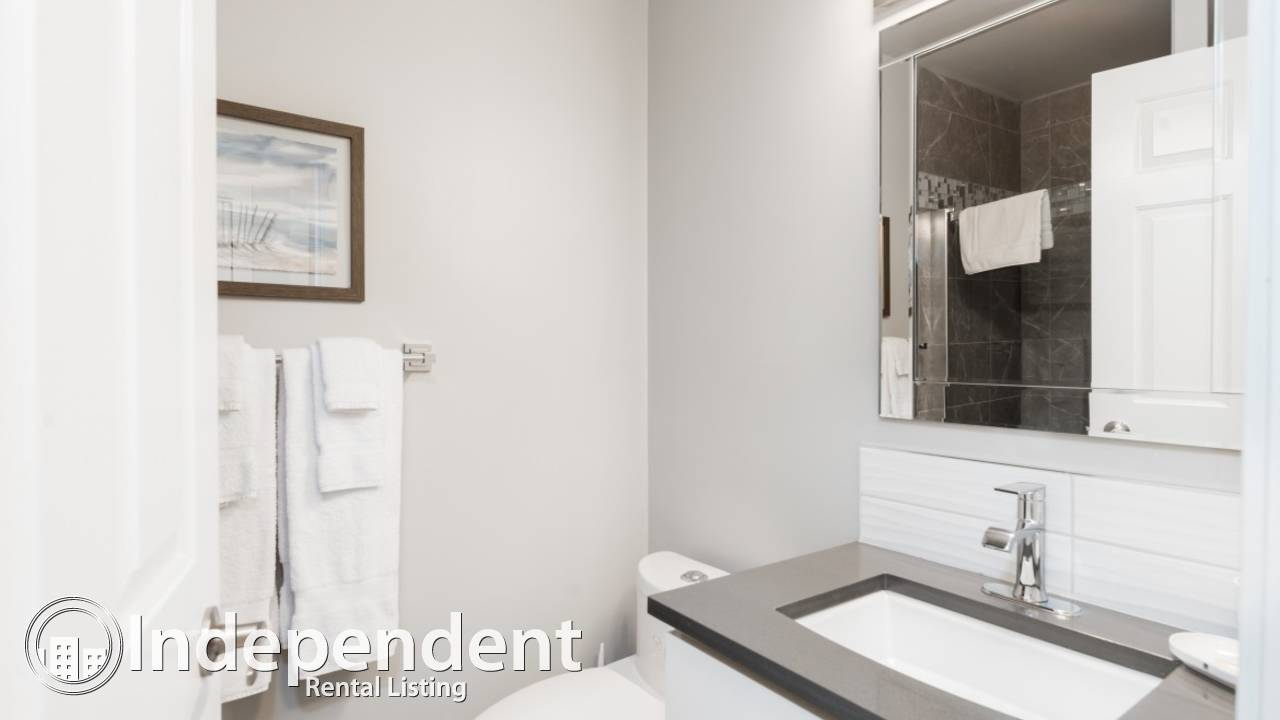 2 Bedroom + DEN NEWLY RENOVATED Condo in Fairview: Utilities Included