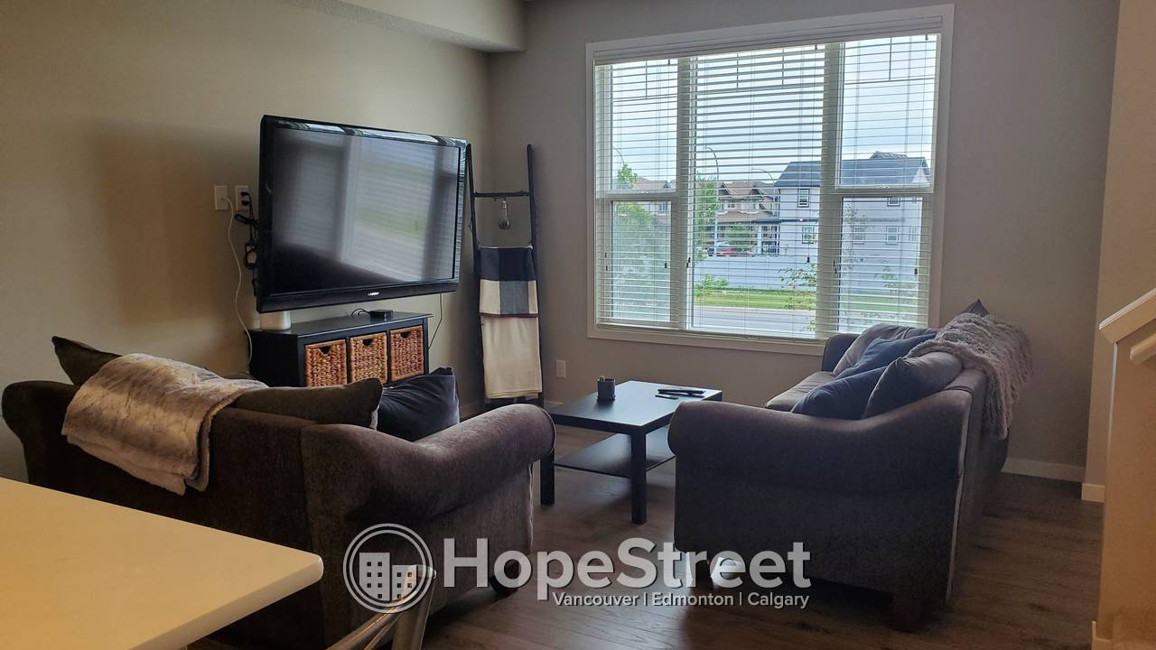 3 Bedroom Townhouse for Rent in New Brighton!
