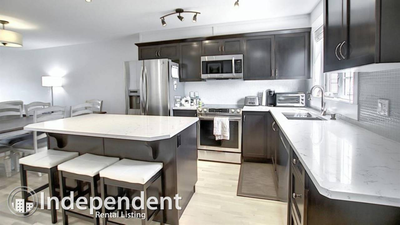 3 Bedroom Gorgeous Townhouse for Rent in Chestermere