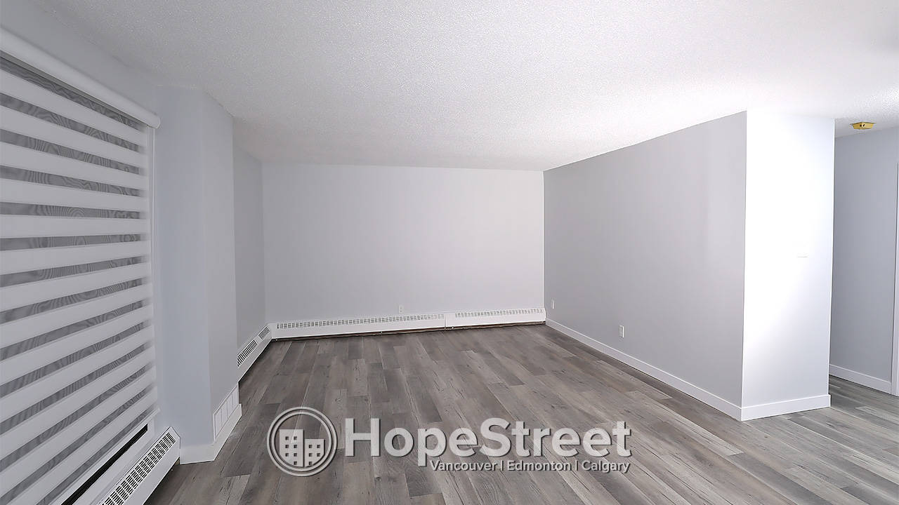 1 Bd NEWLY RENOVATED Condo for Rent in Oliver w/ BEAUTIFUL CITY VIEWS!