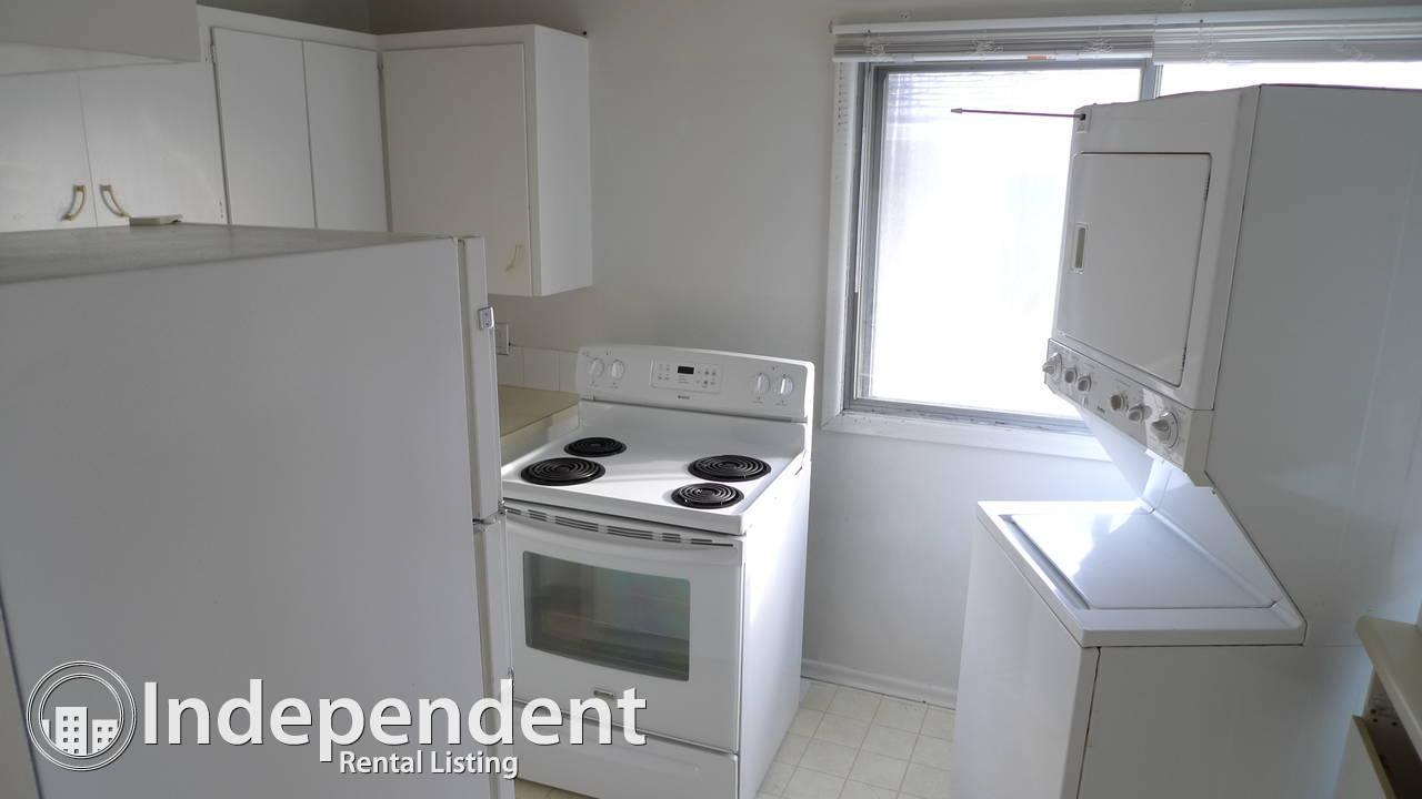 2 Bedr Main Floor Suite in Windsor Park: Pet Friendly / Utilities Included