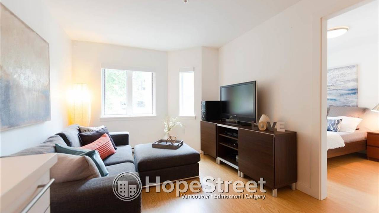 Contemporary 1 BR in a boutique building in historic Gastown/ FURNISHED