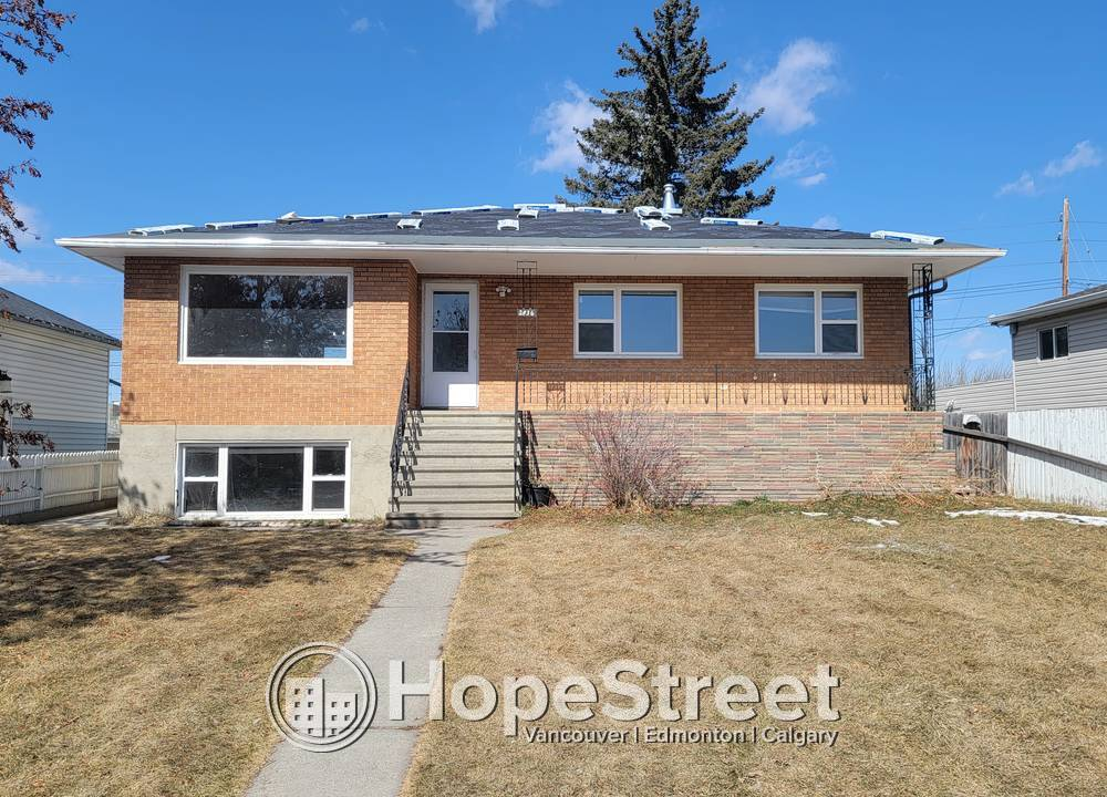 2836 9 Ave  SE, Calgary, AB - $2,000 CAD/ month