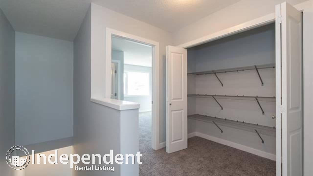 2 BR Townhouse for Rent in Westwood w/ Garage