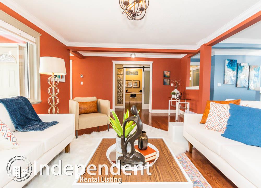 7324 100 Ave SW, Edmonton, AB - $2,500 CAD/ month