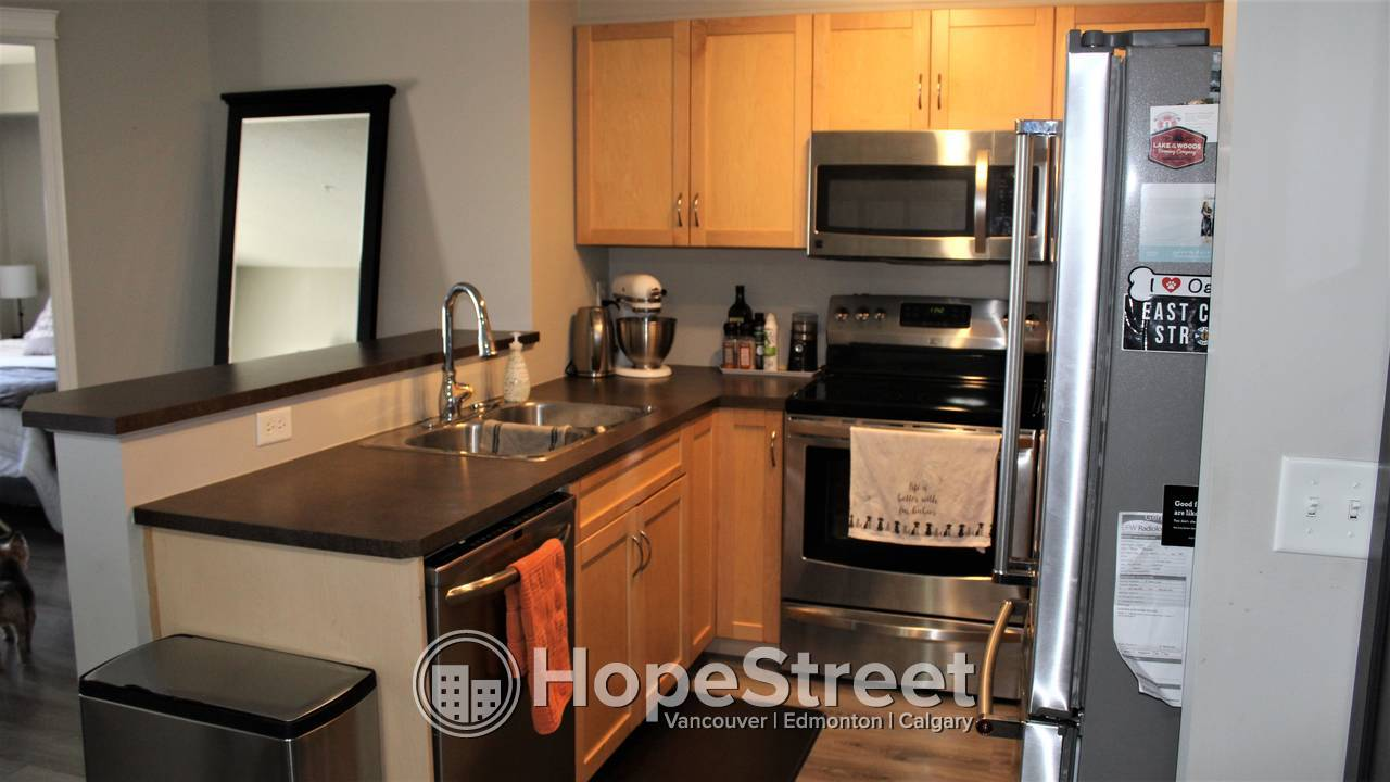 2 BR + DEN Condo for Rent in Panorama Hills w/ UNDGR. Parking & In-suite Laundry.
