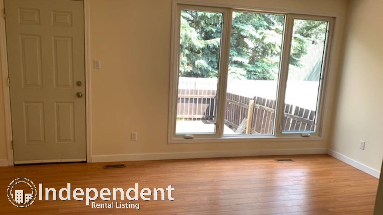 3 BR END UNIT Townhouse with TWO PARKING STALLS for Rent in Steinhauer!