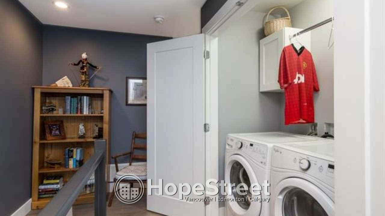 Ultra modern, bright & spacious south facing 4 bed TOWNHOUSE in Morgan Heights.