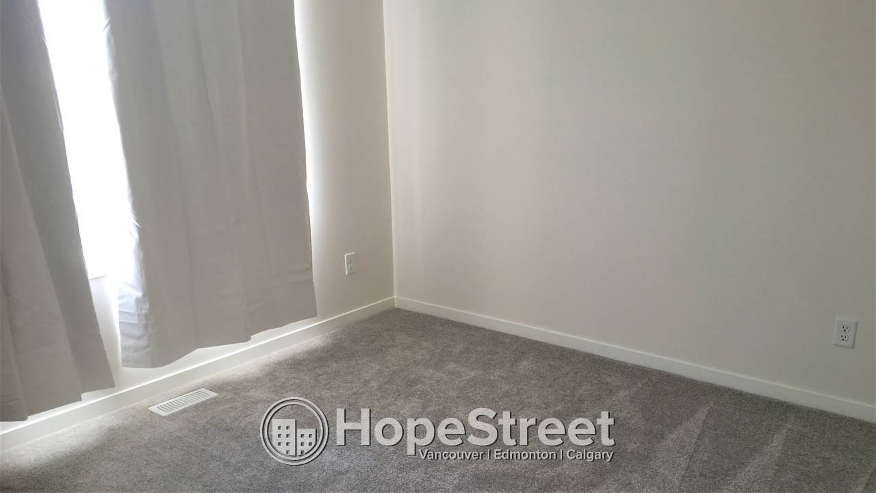 BRAND NEW Townhouse for Rent in Nolan Hill!