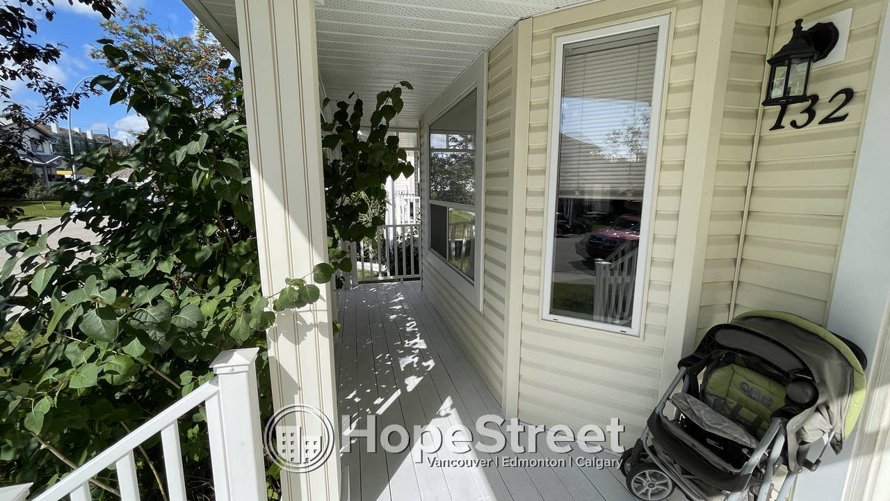 3 Bedroom House for Rent in Arbour Lake w/ Double Detached Garage!