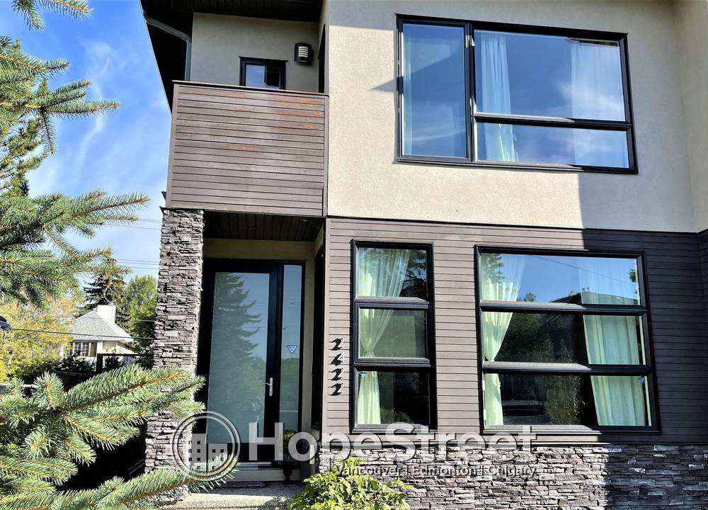 2422 Bowness Road NW, Calgary, AB - 4,100 CAD/ month