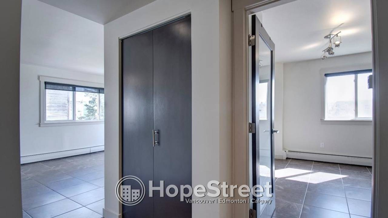 1 BR Beautiful Condo for Rent in Lower Mount Royal/ Heat & Water Included!