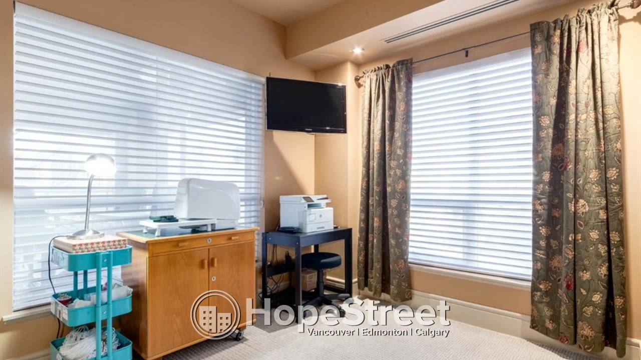 2 BR Luxurious Condo for Rent in Eau Claire