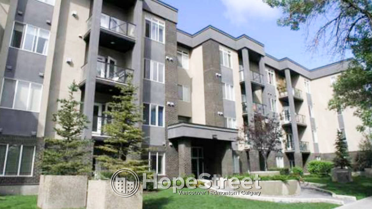 2 Bedrooom Condo in Lower Mount Royal: Pet Friendly
